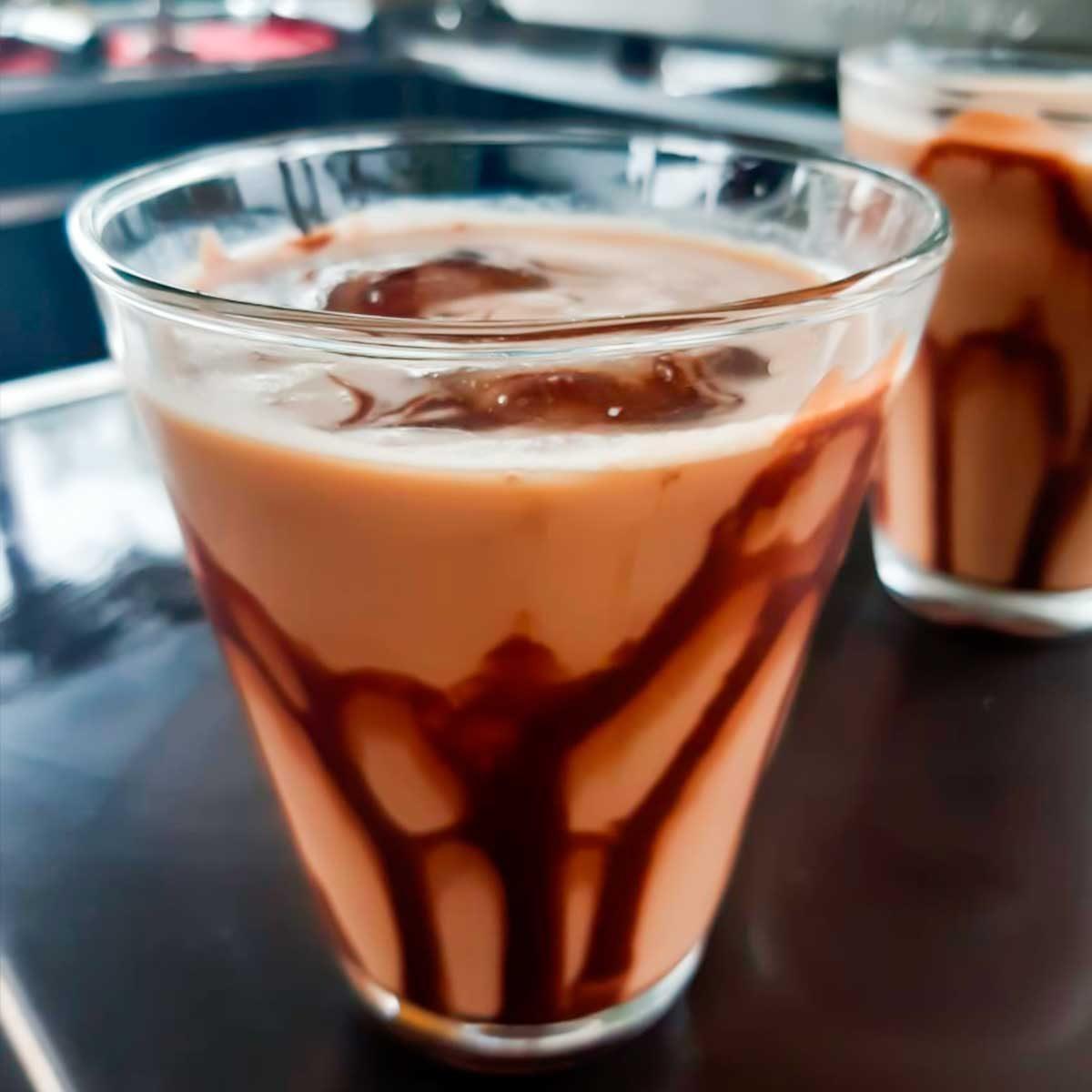 acacias_drinks_coffee